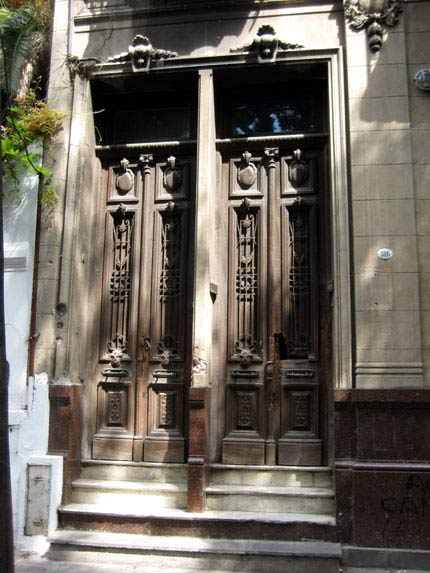 On of many beautiful doors in Buenos Aires